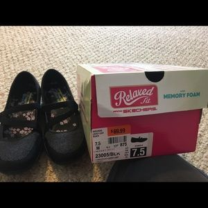 Sketchers Relaxed Fit Lucky Lady Shoe